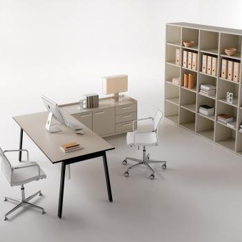 Arredamento ufficio DOIMOFFICE scrivania Key Desk a Verona.